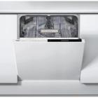 Посудомоечная машина встраиваемая Whirlpool WIP 4O32 PG E белый