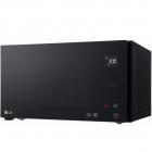Настольная микроволновая печь LG MS2595DIS черная